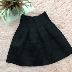 Girls From Savoy XS/S Black Thick Knit Skirt